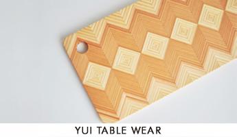 YUI TABLE WEAR